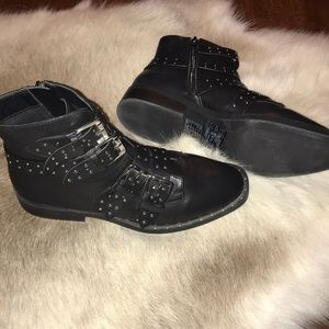 NWT black studded boots